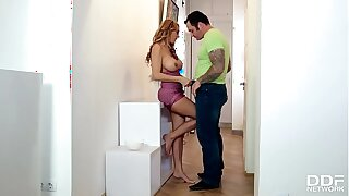 Hot hardcore lover Stacey Saran gets her tasty Milf pussy fucked hard