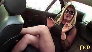 Patroa abusa de motorista particular - Alessandra Dias - Binho Ted