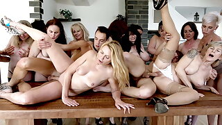 15 grannies - 2 cocks