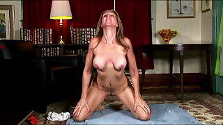 Mature yoga babe stretches & fucks her soaking wet pussy 4U