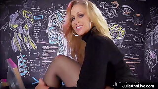 Muff Stuffing, Big Boobed Milf Julia Ann Orgasms In Her Bed!
