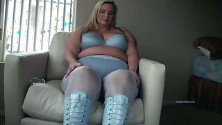 Blonde BBW model ripped pantyhose fucks her slippery slit