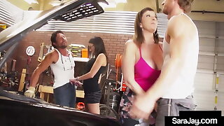 Sex Addicts Sara Jay N Dava Fox Pleasure 2 Penises On A Car!