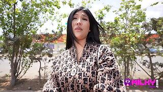Sofia Cavero, Peruvian caught in the streets of Trujillo