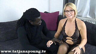 Interracial fuck date with BBC at home